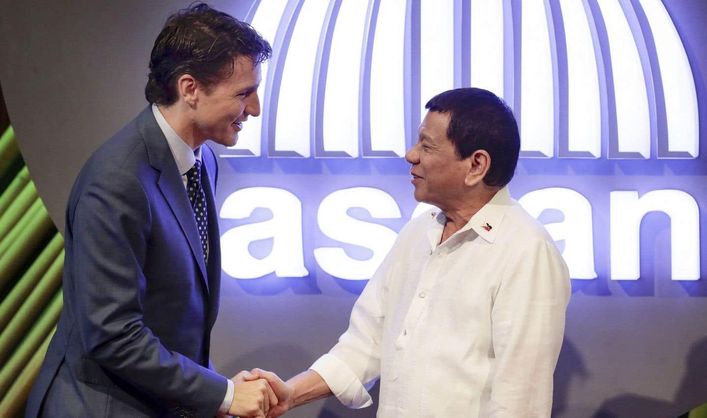 Duterte invite Trudeau à un événement clé sur la sécurité