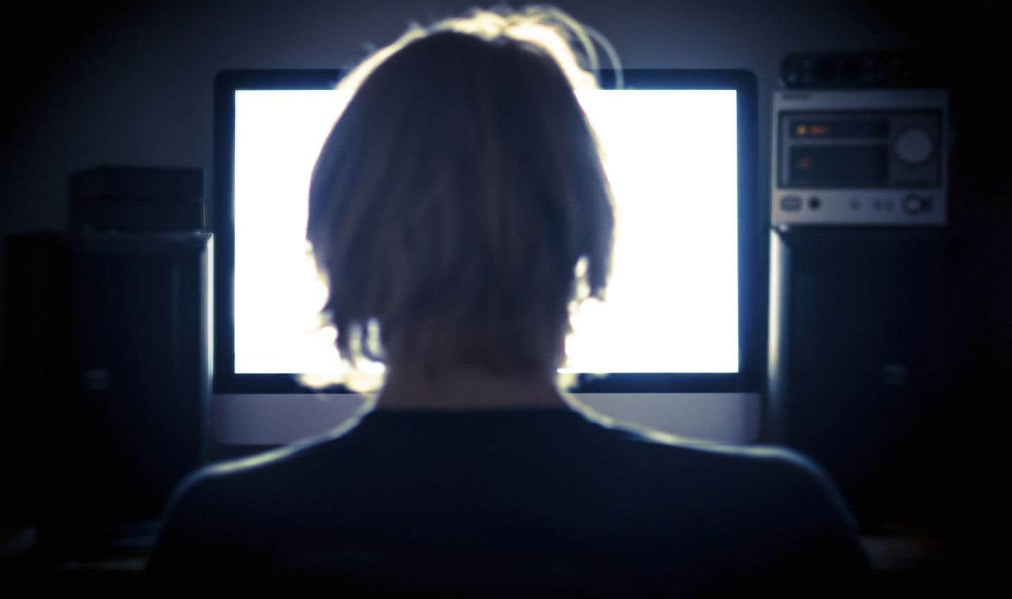 Le rapport indique que des tactiques de manipulation et de désinformation en ligne ont joué un rôle important dans les élections d'au moins 18 pays au cours de l'année écoulée.