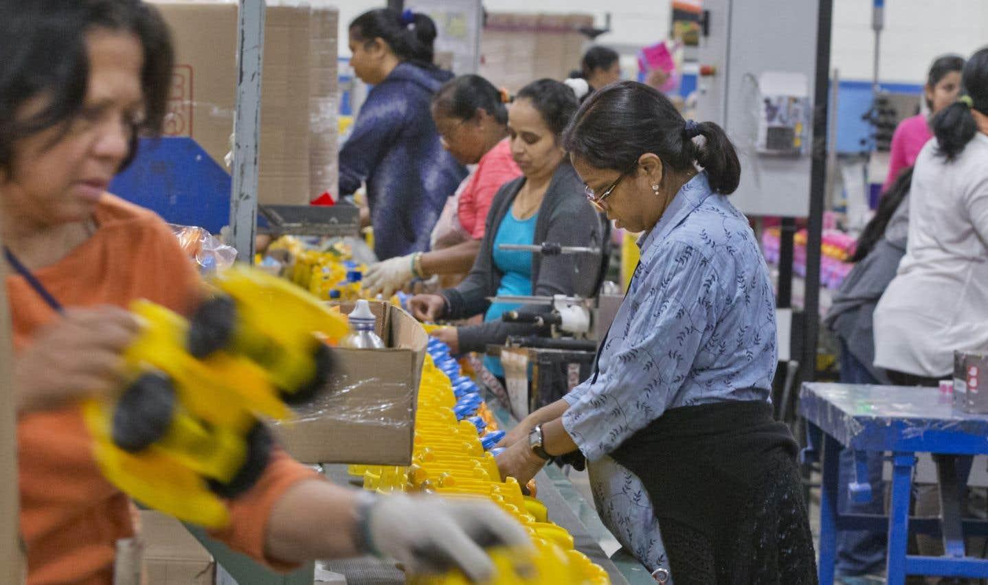 Recensement: le salaire des immigrants à la hausse