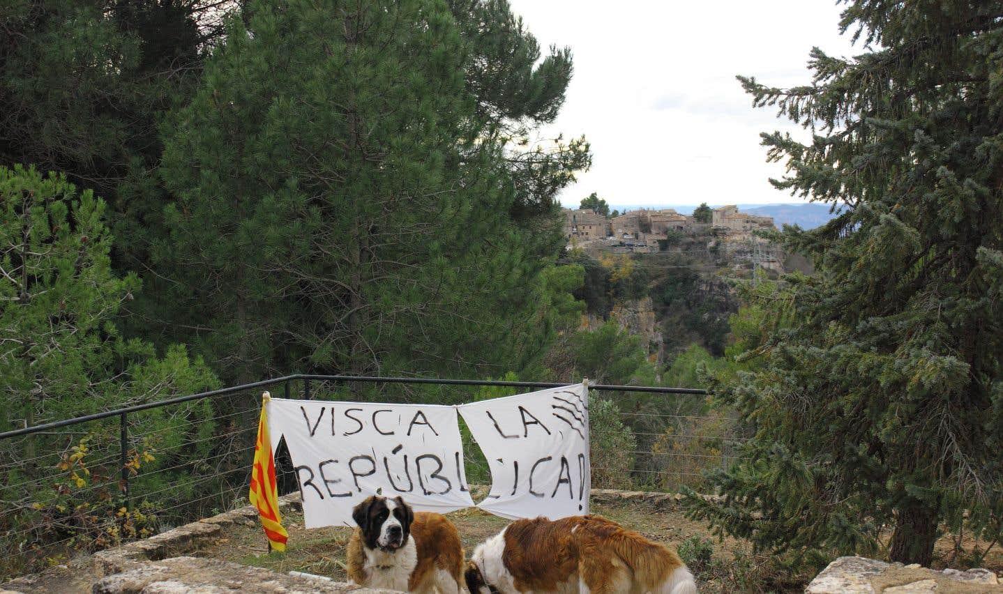 Catalogne: on se prépare à un drôle de Noël à Cornudella de Montsant