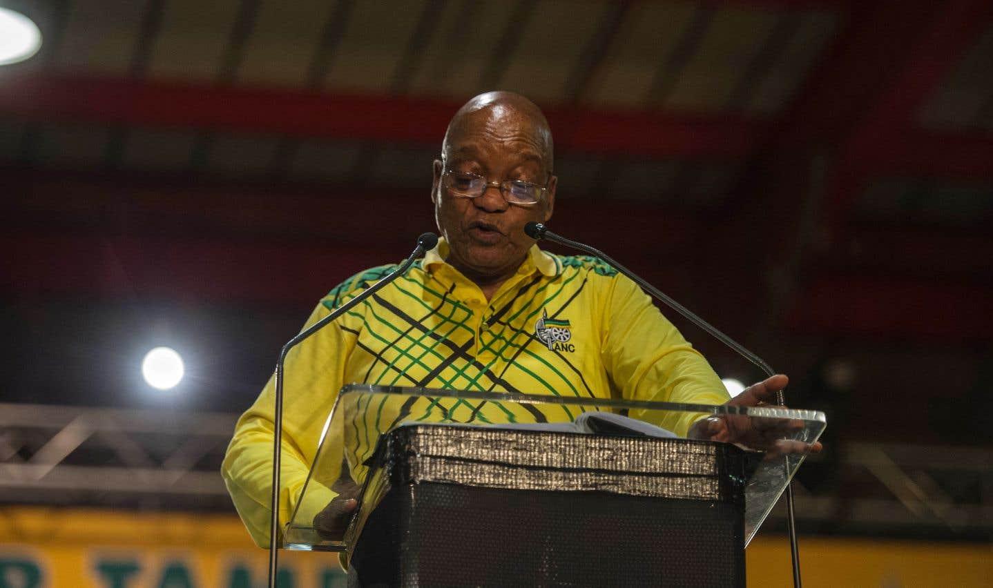 Le président sud-africain Zuma quitte la tête de l'ANC en déplorant son déclin