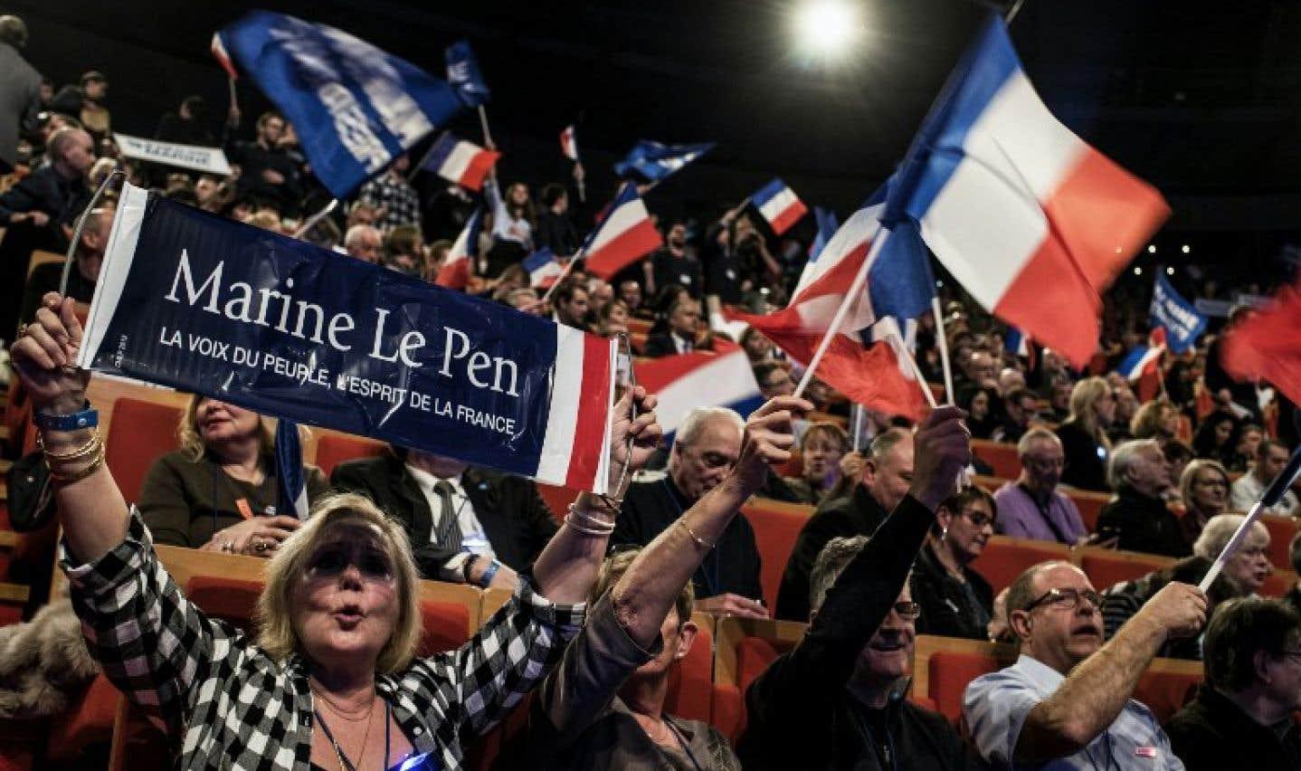 En France, la présidente du Front national Marine le Pen s'est qualifiée pour le second tour de la présidentielle du printemps dernier.