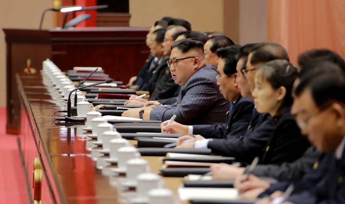 Le dirigeant nord-coréen Kim Jong-Un a proclamé le 29novembre que son pays était devenu un État nucléaire à part entière.