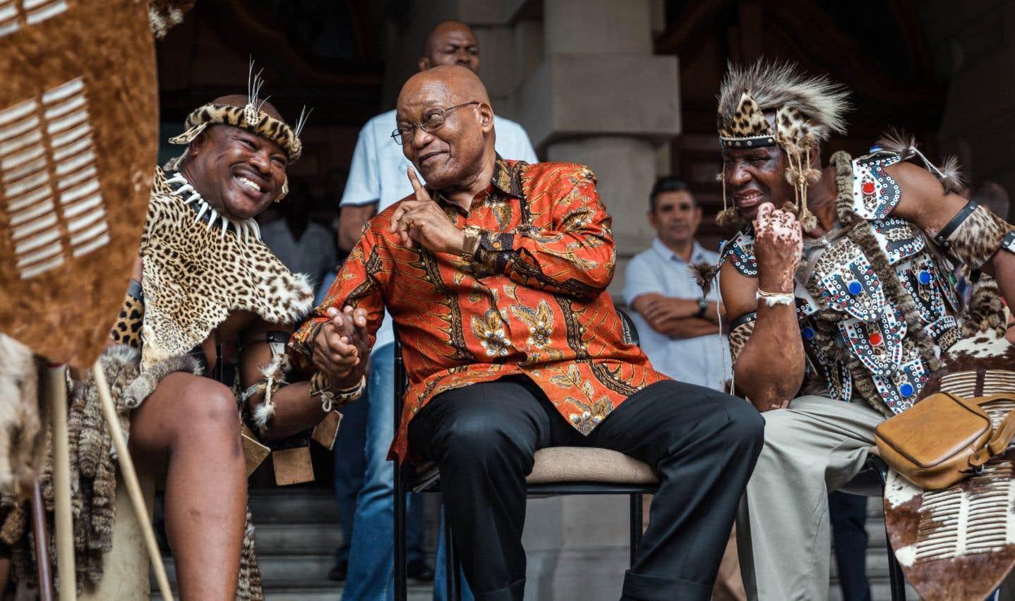 La présidence de Zuma ne tient plus qu'à un fil