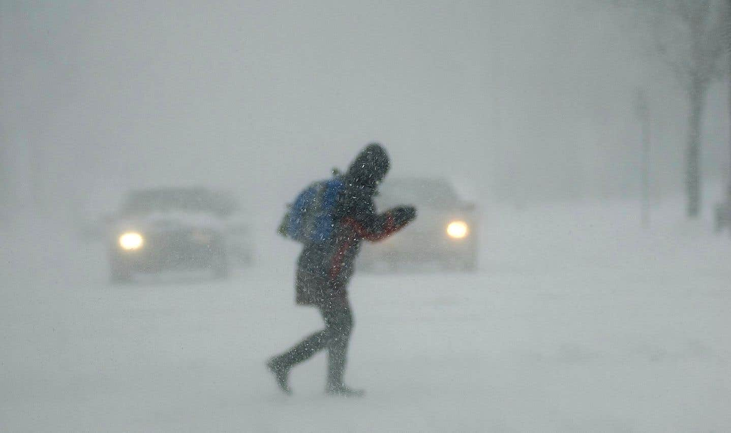 Étant donné les chutes de neige et des vents importants, de la poudrerie est à prévoir sur les routes durant la fin de semaine.
