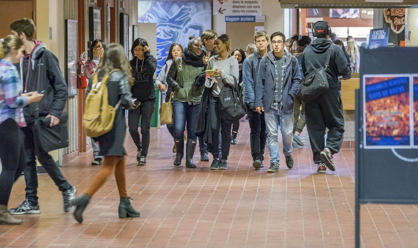 Les étudiants à temps partiel plombent les finances des cégeps