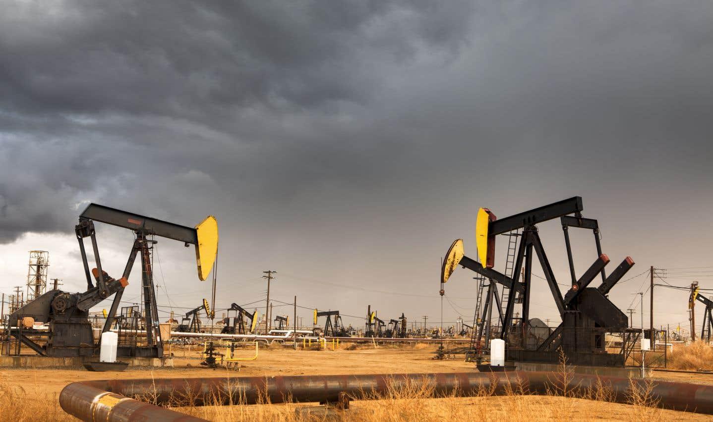 La production américaine, qui touche déjà son niveau le plus élevé en 50 ans, dépassera en 2018 les dix millions de barils de pétrole par jour.