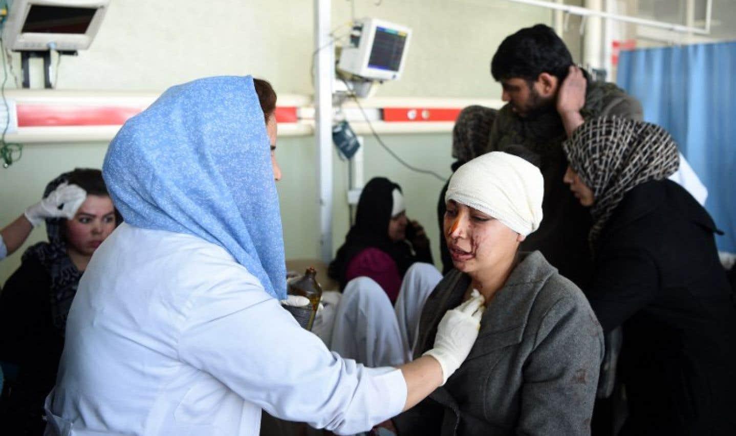 Plus de 100 morts et plus de 235 blessés dans un attentat à Kaboul