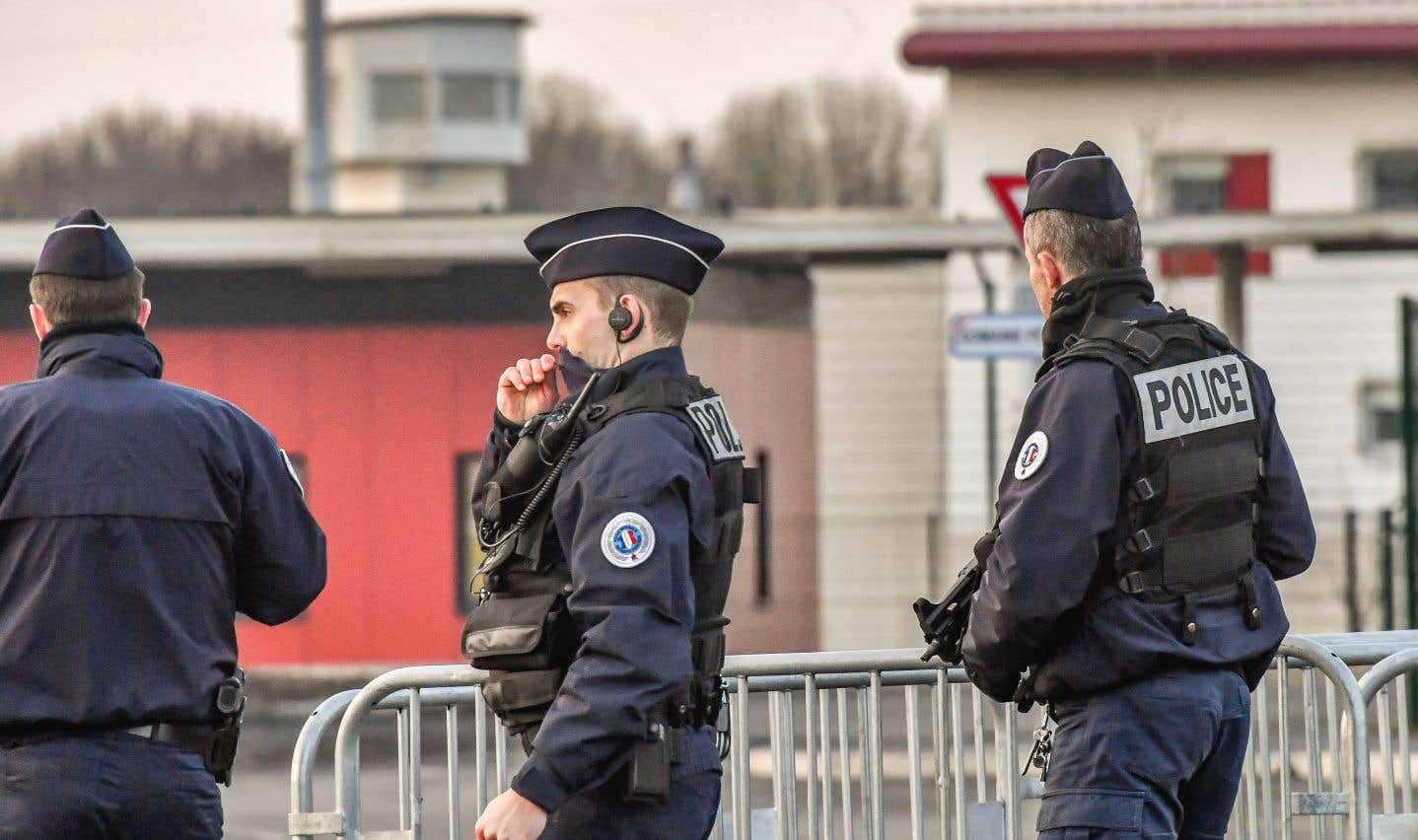À l'issue de l'audience, Salah Abdeslam a été transféré à la prison française de Vendin-le-Vieil, où il est incarcéré pendant le procès.