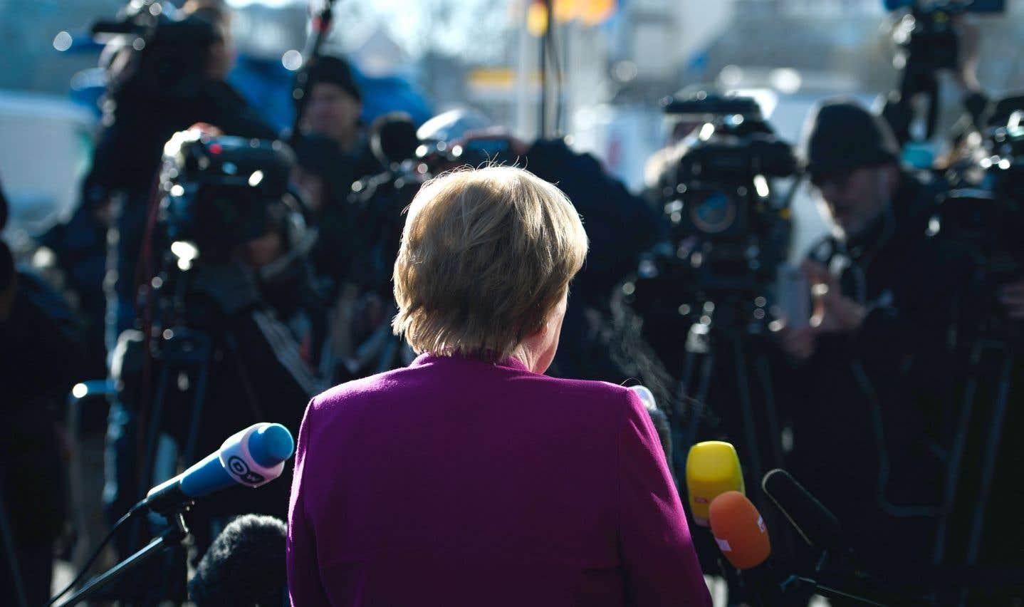 Un proche d'Angela Merkel n'a pas exclu un échec, qui plongerait le pays dans une crise politique aussi grave qu'inédite dans l'histoire d'après-guerre.