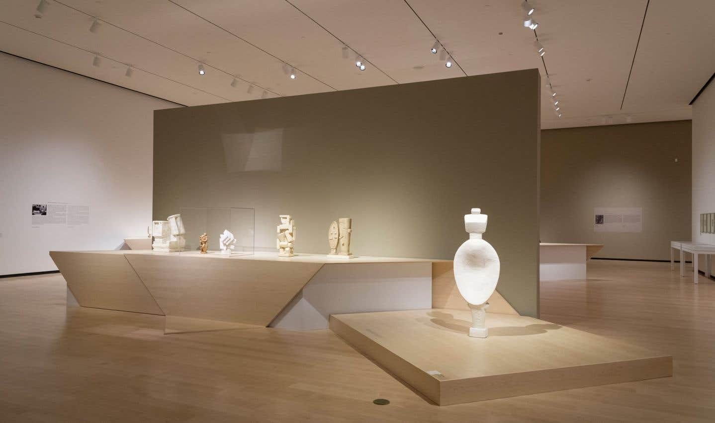 Vue de l'exposition «Alberto Giacometti», présentée au Musée national des beaux-arts du Québec, du 8 février au 13 mai