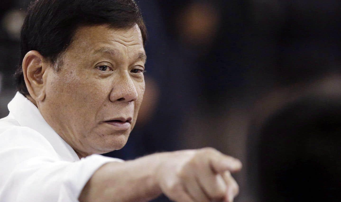 Furieux contre Ottawa, Duterte annule le contrat avec Bell Helicopter