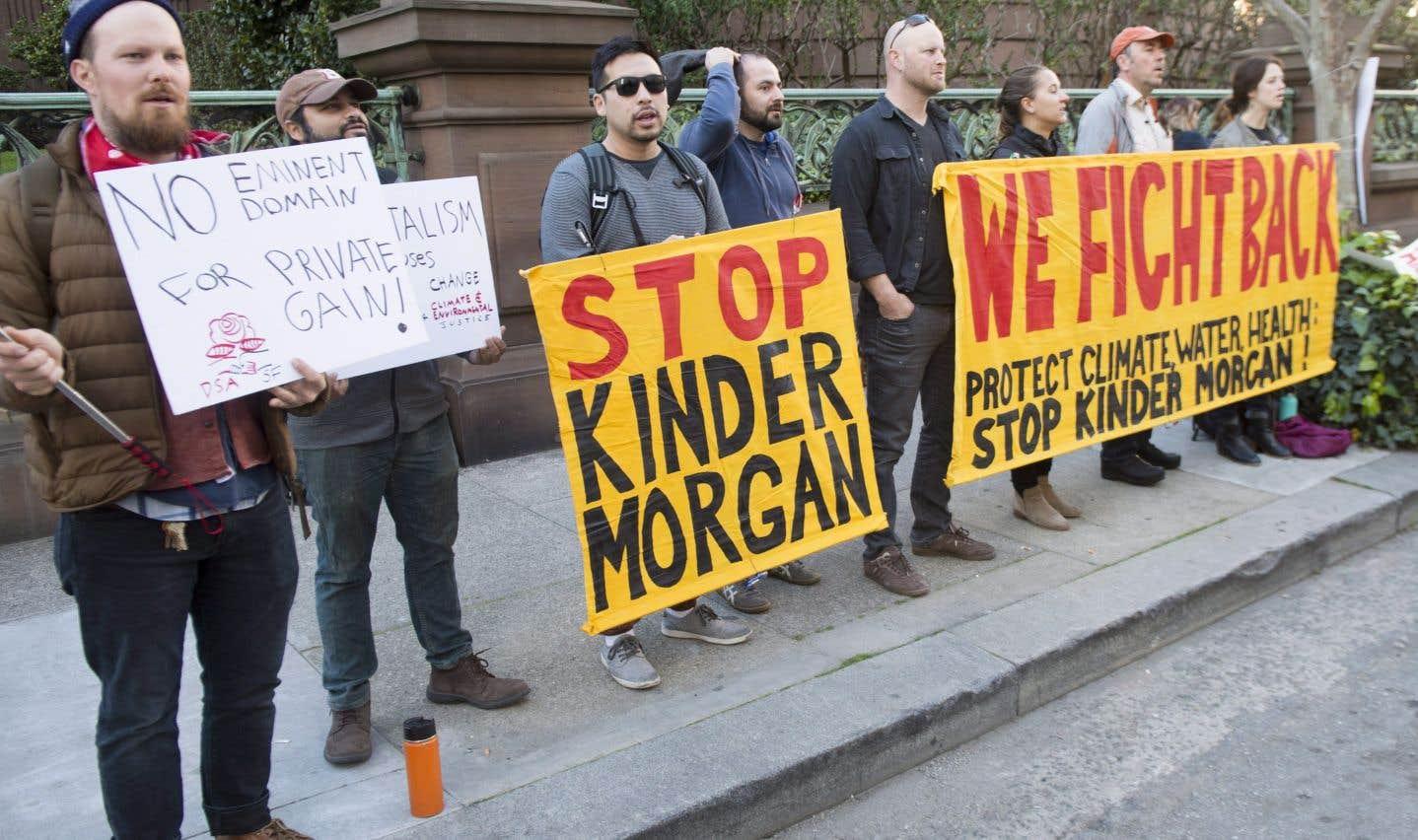 Le mouvement d'opposition aux oléoducs suit Justin Trudeau en Californie