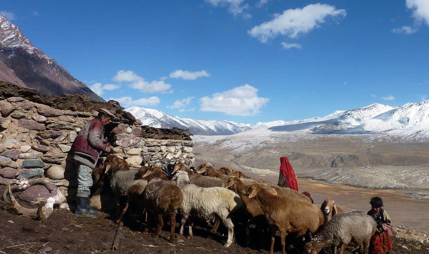 Les «Pamiris», comme sont surnommés les habitants de Wakhan dans le reste de l'Afghanistan, sont de confession musulmane ismaélienne, fidèles de l'Aga Khan.