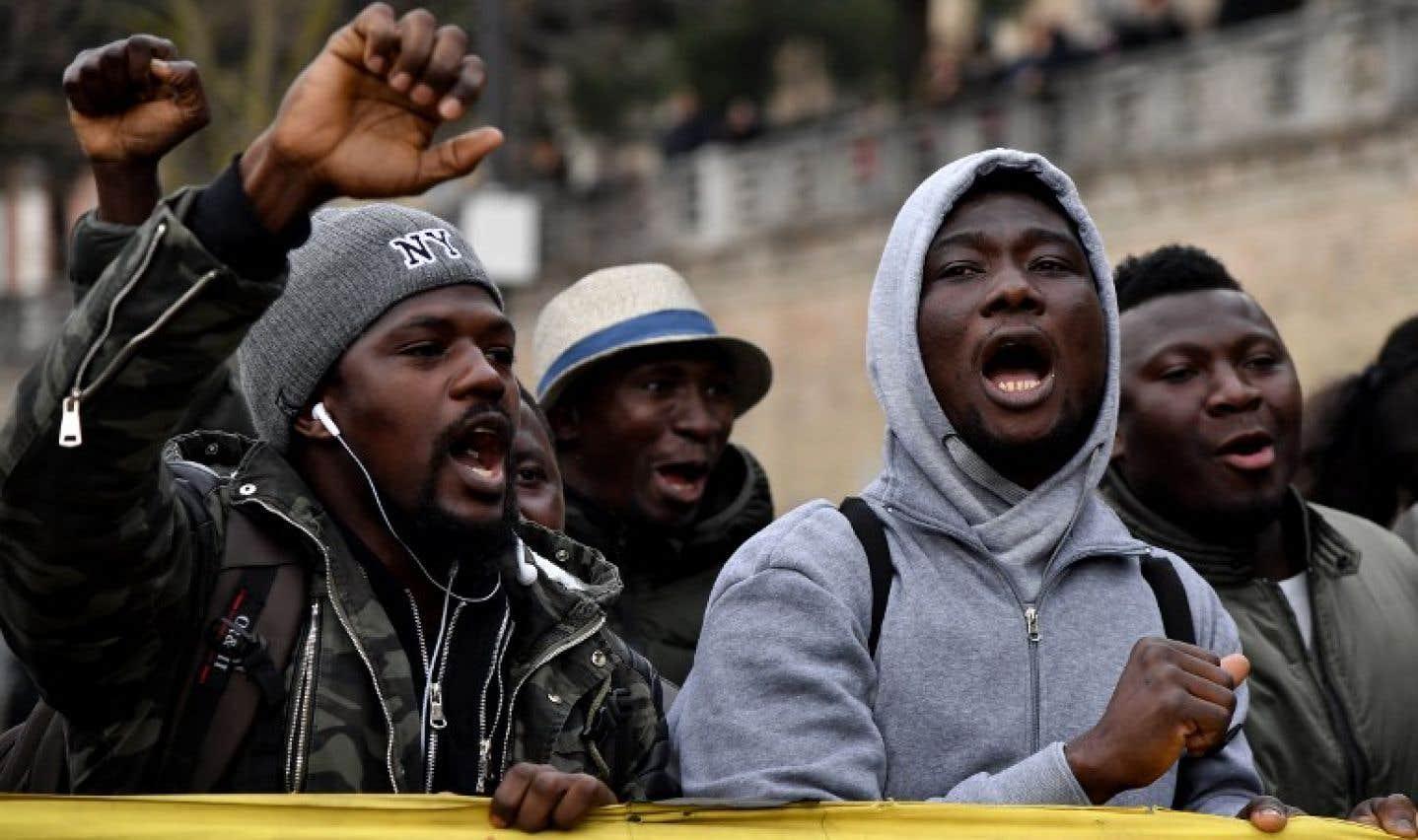 De nombreux manifestants d'origine africaine ont défilé.
