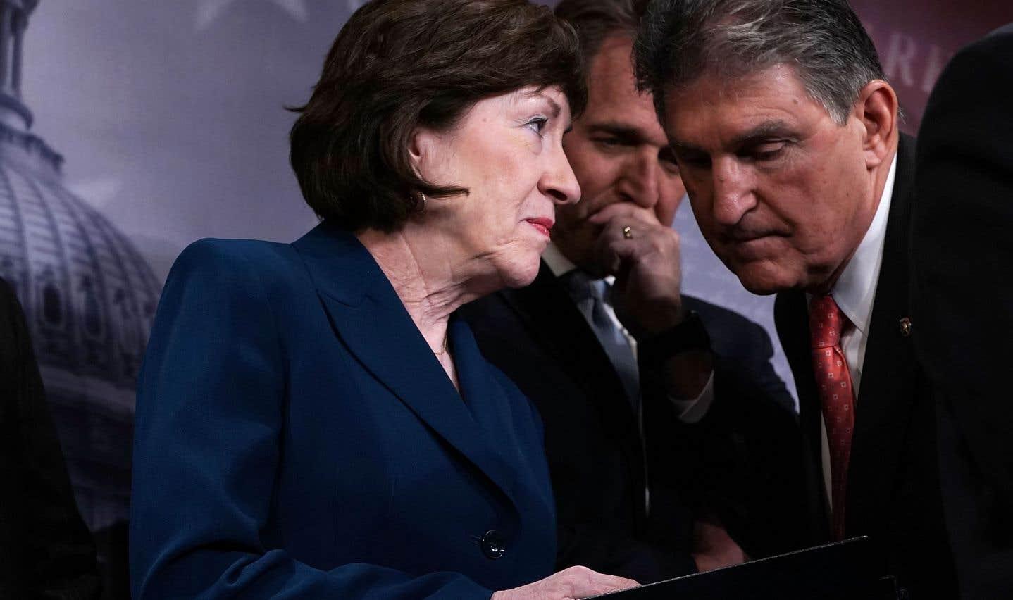 Le projet de loi, rédigé par une coalition d'élus centristes, a été rejeté par les deux camps du Sénat américain.