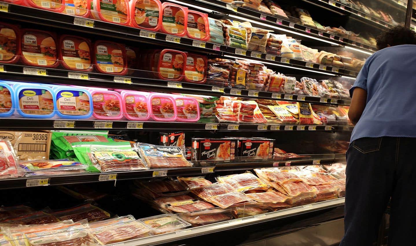 Les chercheurs se sont intéressés à ce qu'ils appellent les «aliments ultratransformés», qui contiennent souvent des quantités plus élevées de gras, de sucres et de sel.