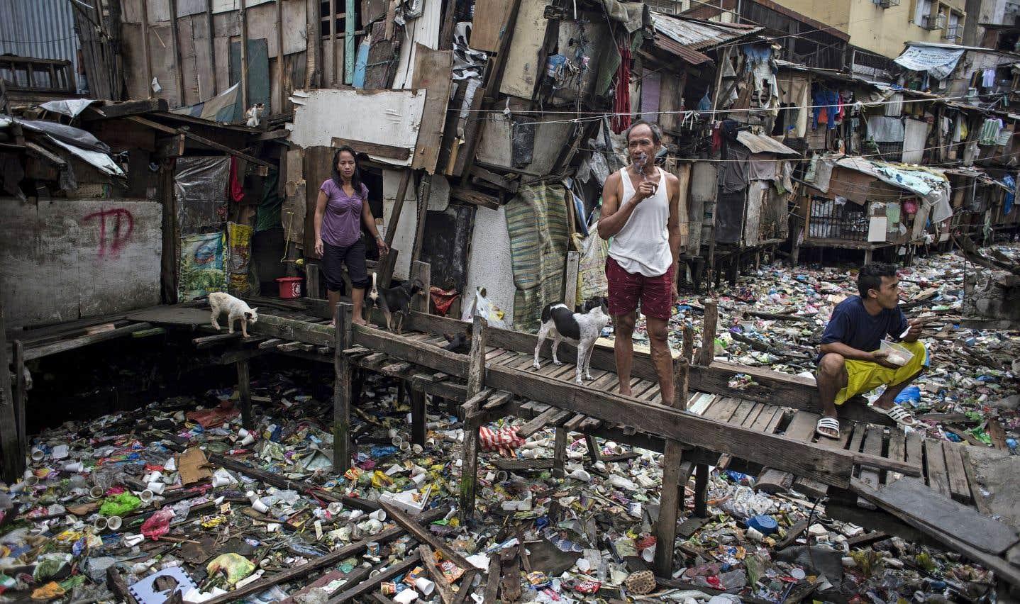 50% de l'humanité vit aujourd'hui en ville, bien que les espaces urbains soient particulièrement propices à la concentration de l'extrême pauvreté.