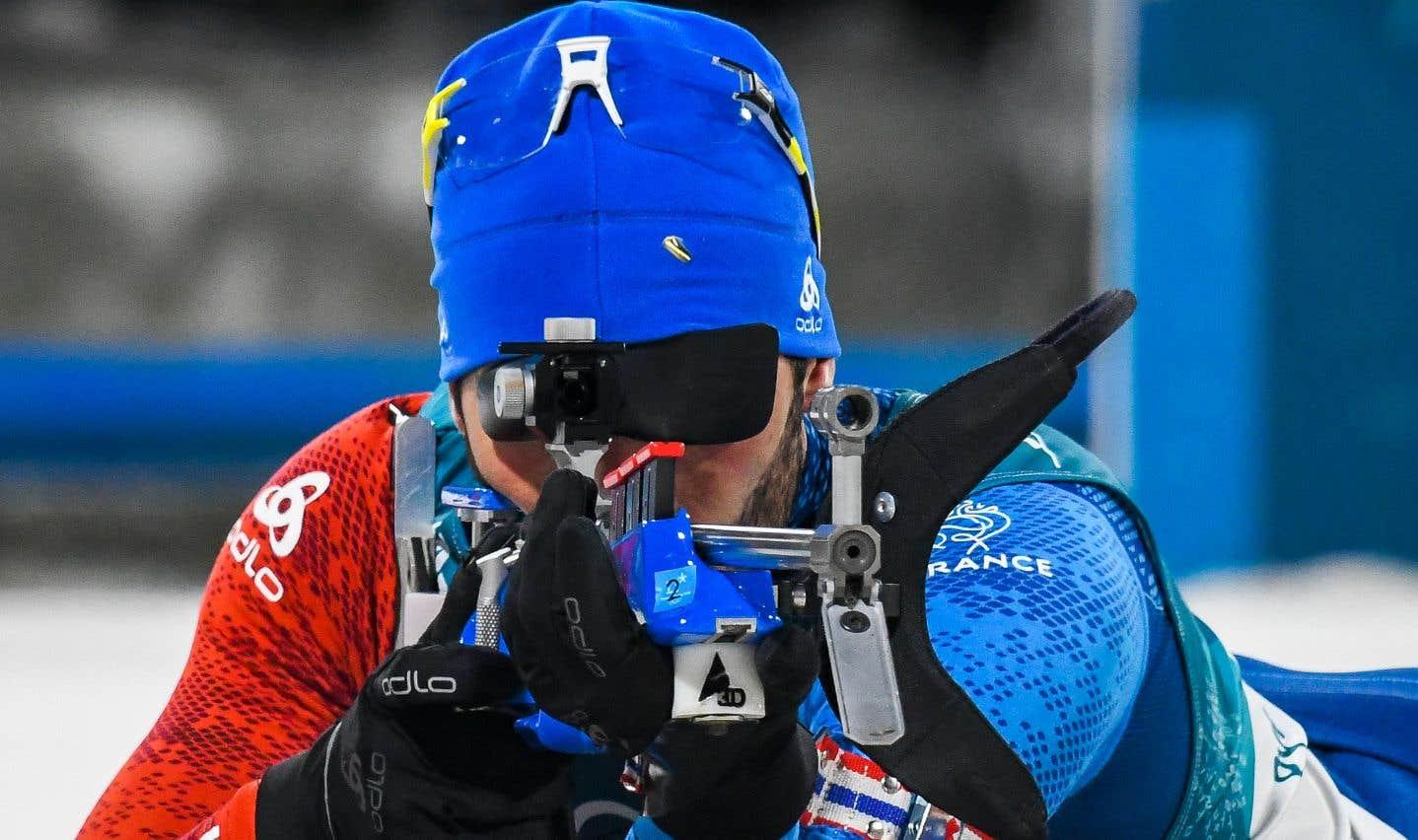 La quatrième médaille d'or olympique de sa carrière acquise au 15 km en départ groupé fait maintenant de Fourcade le Français le plus titré des Jeux olympiques d'hiver.