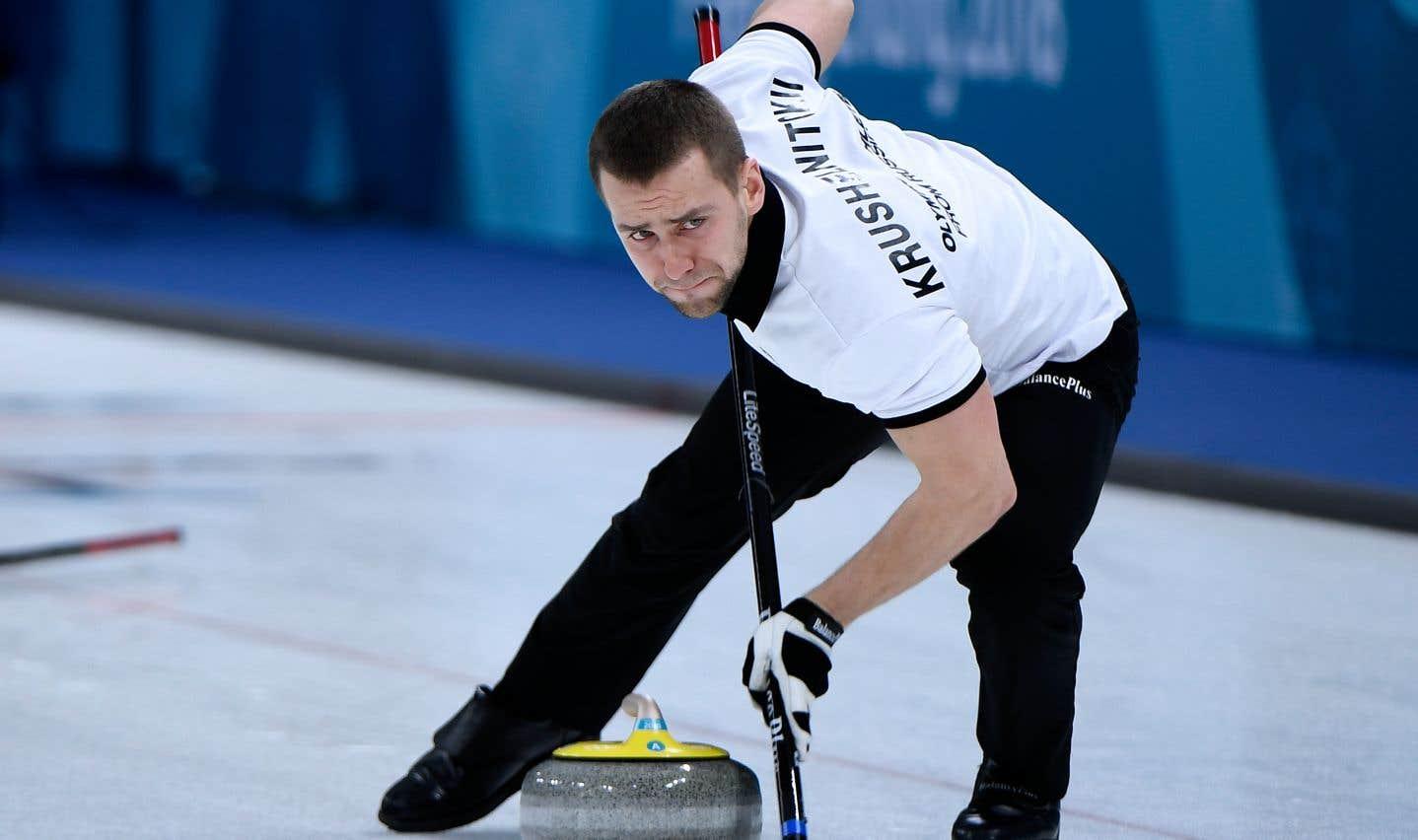 Le joueur de curling russe Alexander Krushelnitsky