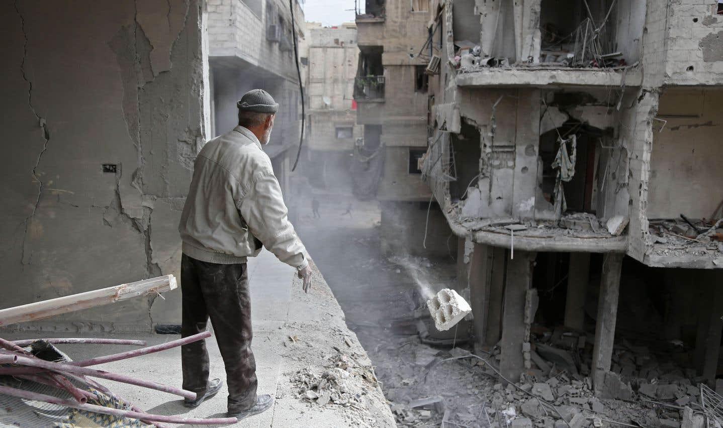 Pour le cinquième jour consécutif, les forces du président syrien Bachar al-Assad soumettaient jeudi cette région à un déluge de feu.