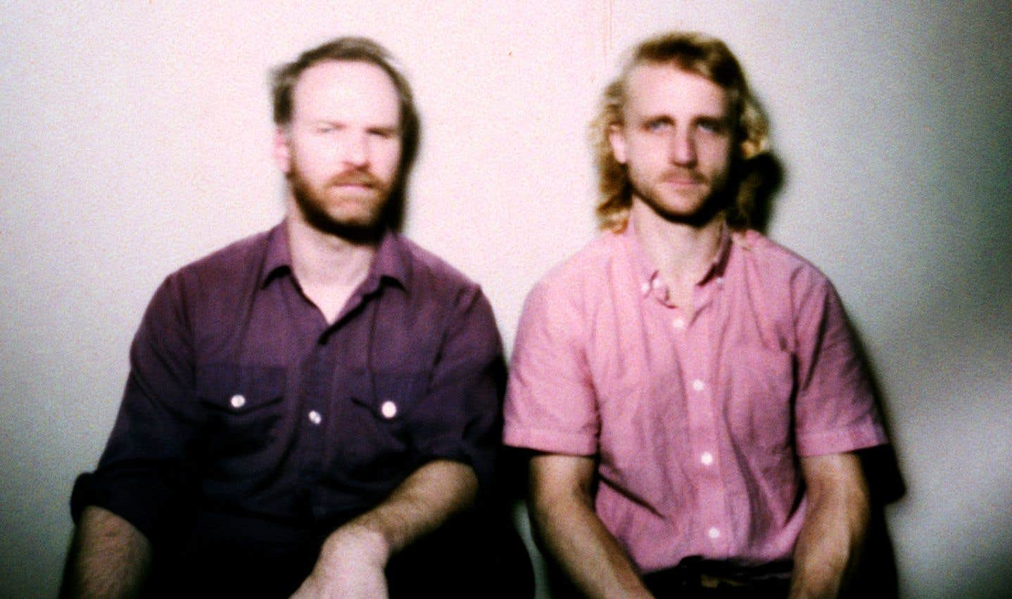 Les musiciens Stéphane Lafleur et Christophe Lamarche-Ledoux ont voulu pondre un album dans lequel on peut s'abandonner, avec les synthétiseurs comme instrument primaire.