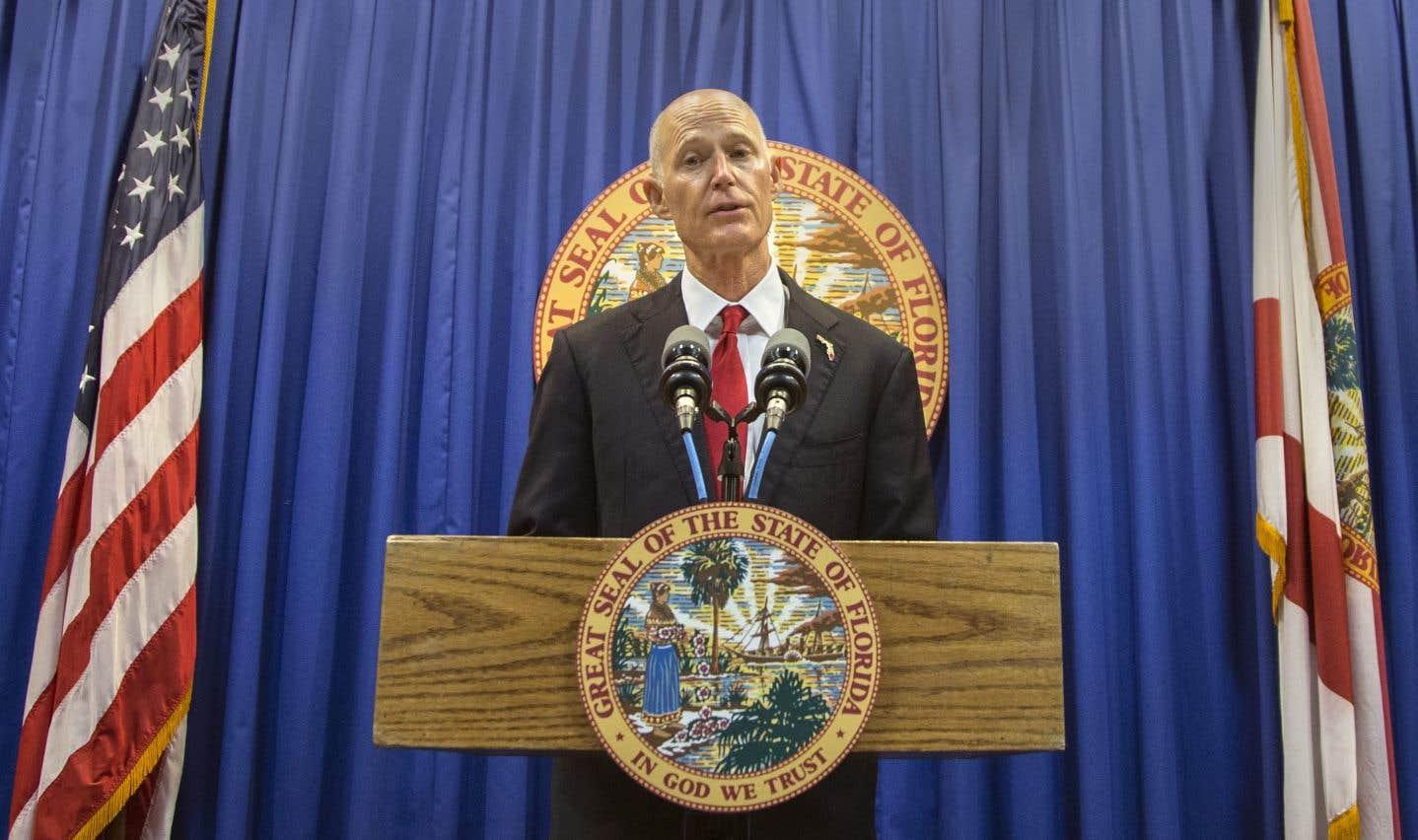 Le gouverneur républicainRick Scott s'est prononcé pour un relèvement à 21ans de l'âge légal pour acheter une arme.