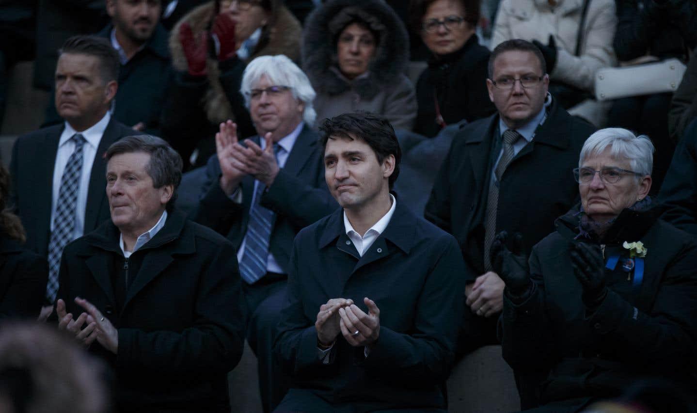 Plusieurs dignitaires étaient présents lors de cette journée endeuillée. Parmi eux, le prmier ministre Justin Trudeau, et le maire de Toronto, John Tory.
