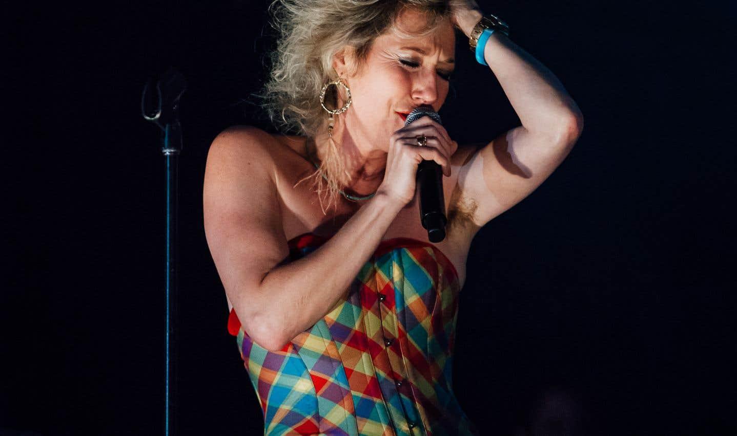 Martha Wainwright lors duspectacle «La musique de Stone - Hommage à Plamondon» en clôture des FrancoFolies de Montréal 2018