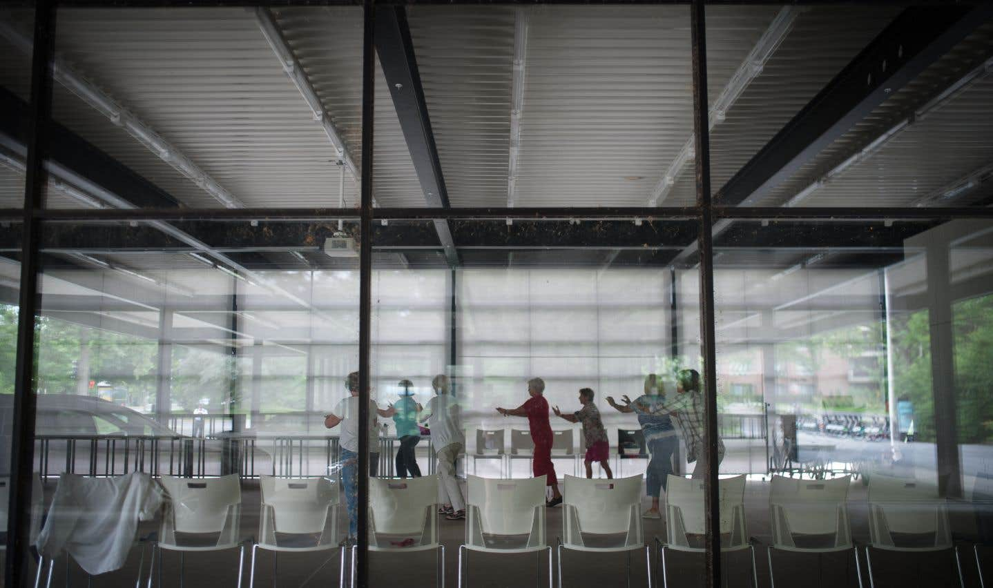 «La Station» est aujourd'hui un centre communautaire, né en 2012 d'une restauration qui l'adébarrassée des éléments propres à une station-service pour faire ressortir ses «qualités profondément miessiennes».