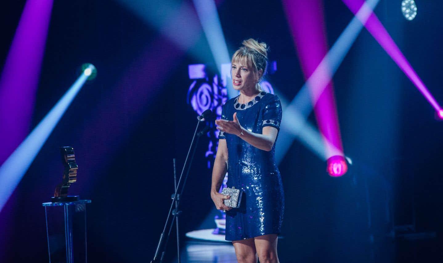 Céline Bonnier a remporté le prix du meilleur premier rôle féminin dans la catégorie série dramatique annuelle pour son rôle dans «L'heure bleue».