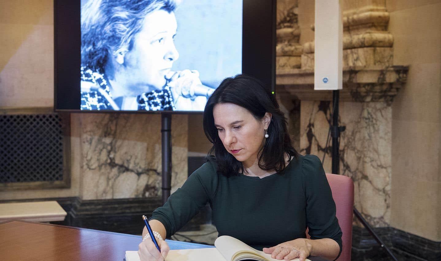 La mairesse de Montréal,Valérie Plante,a déclaré en mêlée de presse que MmePayette était un modèle pour elle.