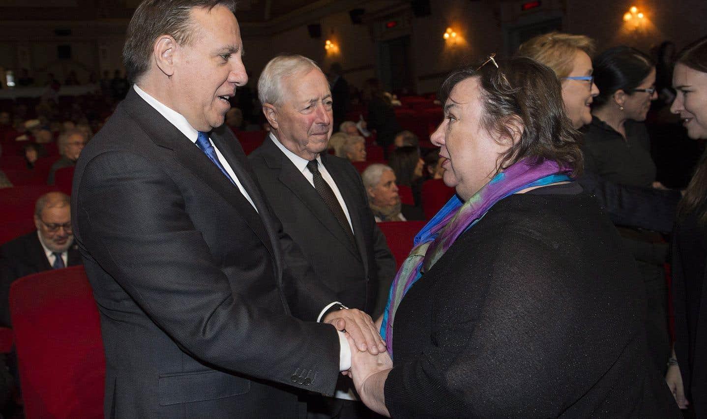 Samedi après-midi, une cérémonie athée, selon le souhait de Mme Payette, était organisée par le gouvernement du Québec au cinéma Impérial. Le premier ministre François Legault était présent.