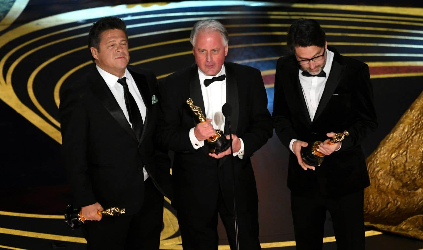 Tim Cavagin, Paul Massey, et John Casali ont reçu l'Oscarpour le meilleur mixage sonore pour «Bohemian Rhapsody». L'équipe du film est aussi repartie avec l'Oscar dumeilleur montage sonore, et du meilleur montage.