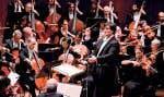 Le chef Alan Gilbert dirigeant le Philharmonique de New York