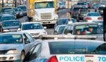 La fermeture d'urgence du pont-tunnel Louis-Hippolyte-La Fontaine a causé hier des embouteillages monstres notamment aux abords du pont Jacques-Cartier, comme ici dans la rue Notre-Dame, mettant rudement à l'épreuve la patience des automobilistes.