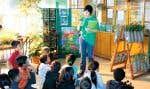 Avec son volet École de la forêt, Sentier urbain réalise un travail essentiel de sensibilisation et d'éducation à la nature et à l'environnement dans trois écoles de l'arrondissement de Ville-Marie et dans l'arrondissement d'Hochelaga-Maisonneuve.