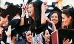 Cérémonie de remise de diplômes à l'Université de Birzeit, près de Ramallah. De plus en plus de Palestiniens considèrent que « l'éducation est plus importante que tout, même la Torah, le Coran et la Bible ».