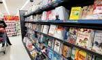 Le Devoir est allé arpenter les allées de ces grandes surfaces, histoire de voir quels livres y sont à l'étalage et comment on les vend.