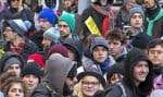 Syndicats et fédérations étudiantes ont manifesté devant les bureaux du premier ministre à Montréal.