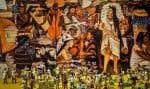 Une maquette d'un marché public de l'ère aztèque, devant une fresque du même thème, présentée dans le cadre l'exposition «Les Aztèques, peuple du Soleil».