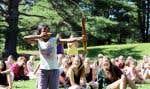 Le canot, l'hébertisme et le tir à l'arc rappellent tous le passé autochtone à leur manière, en plus des chansons et des légendes.
