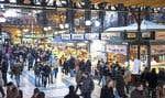 Le grand marché de Budapest, une véritable halle. Légumes, poissons, fleurs, viandes, épices, tout y est.