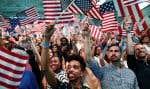 Des partisans d'Hillary Clinton étaient réunis à Brooklyn en soirée, en attendant les résultats qui confirmaient sa victoire.