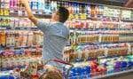 Les prix des aliments ont affiché leur premier recul sur une base annuelle depuis janvier 2000.