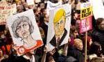 Des dizaines de milliers de manifestants se sont rassemblés devant le 10 Downing Street.