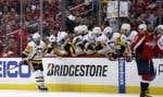 L'ailier droit des Penguins de Pittsburgh Bryan Rust célèbre son but lors de la deuxième période du match n°7 contre les Capitals de Washington.