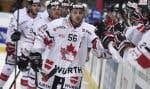 Le montréalais Maxim Noreau sera de nouveau sur la glace cette année, en Suisse.