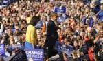 Comme souvent depuis le début de la campagne, le candidat démocrate, Barack Obama, a attiré une foule monstre hier lors d'un rassemblement tenu à Columbus, en Ohio, un des États dont le choix sera déterminant dans la course à la présidence, dem