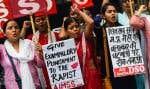 Au moment des faits il y a deux mois, des foules de manifestants avaient défilé aux cris de «mort aux violeurs!» après l'agression de la fillette.